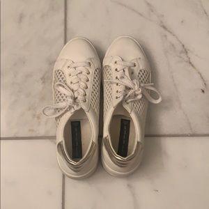 STEVEN-By Steve Madden White Sneakers.